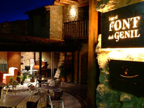 Hotel Restaurante FONT DEL GENIL**