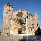 Núcleo medieval y catedral de Castellón de Ampurias