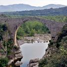 Puente románico de Llierca