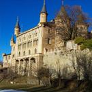 Torre de Riu y capilla de la Divina Pastora