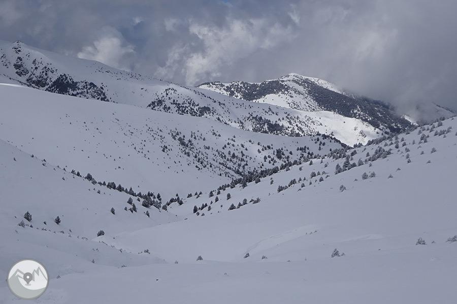 Ruta guiada raquetas de nieve en ulldeter ripoll s for Inodoro roca eos opiniones