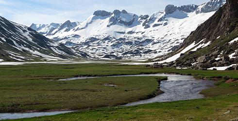 Valles de Ans� y Hecho