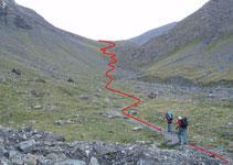 Primero la subida es progresiva, luego hay que ganar unos 400m en poca distancia, hasta el refugio de Goléon.