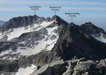 Vistas de la famosa cresta de Besiberris, una cresta deseada por muchos montañeros.