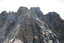 Visión de lo que resta para llegar a la cima del Comaloforno.