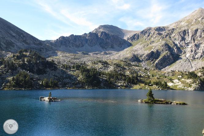 Besiberri Sur (3.024m) y Comaloforno (3.029m) por los lagos de Gémena 1