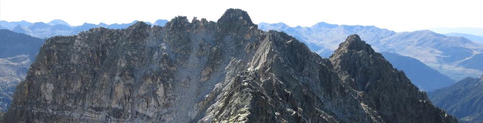 Besiberri Sur (3.024m) y Comaloforno (3.029m) por los lagos de Gémena