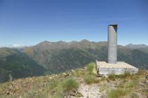 Vistas del pico de Salòria desde el vértice geodésico.