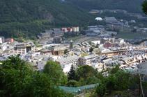 Vistas del núcleo antiguo de Andorra la Vella.