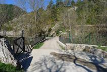 Puente sobre el río del Pendís en Cal Cerdanyola.