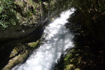 Canal de agua.