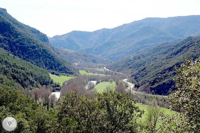 Malmercat y el castillo de Arcalís desde Sort  1