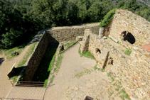 El foso del castillo de Sant Miquel.