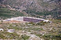 Antigua cisterna del inacabado castillo del Montgrí.