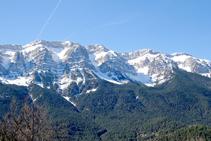 La espectacular cara norte de la sierra del Cadí.