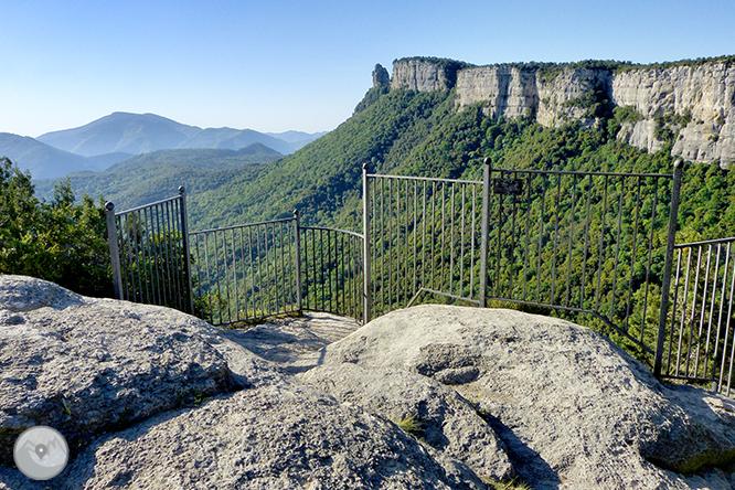 El salto de Sallent y los riscos de Casadevall desde Rupit 1