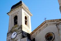Detalle del campanario de la iglesia de Les Preses.