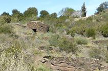 Cabaña redonda de piedra seca.