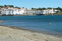 Playa Gran de Cadaqués.