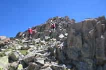 Subiendo al pico de Pondiellos.