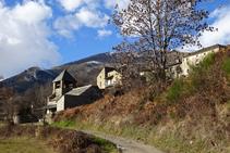 Vistas de Fustanyà y el Puigmal al fondo.