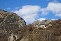 Vistas de Fustanyà y del barranco del Freser.