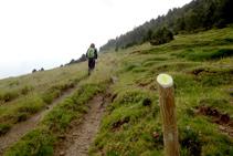 Flaquean camino de Servellà, el próximo punto de paso del recorrido.