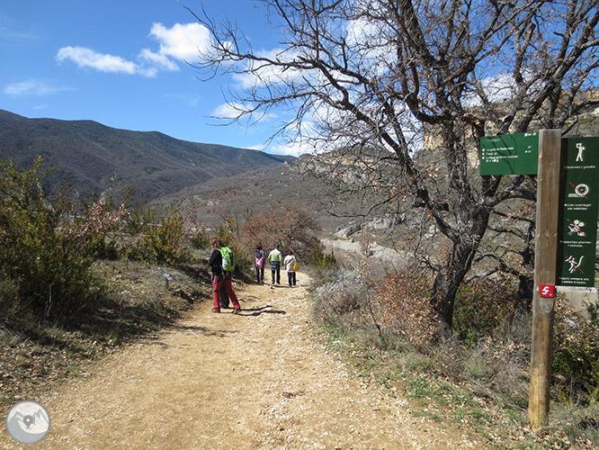 Desfiladero de Mont-rebei en la sierra del Montsec 1