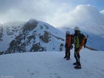 Desde la salida del corredor mirando hacia el pico de Cambre d´Aze (2.750m).