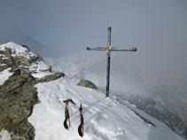 Pico de Cambre d´Aze (2.750m).
