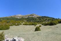 Cumbres de la sierra de Montgrony frente a nosotros.