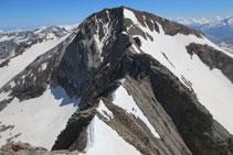 Vista de la cresta hasta el Posets.