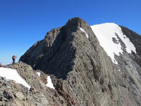 Posets (3.375m) por la cresta de Espadas
