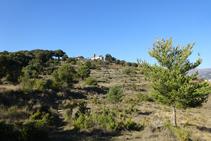Llegando al cerro de Santa Bàrbara de Pruneres.