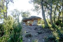 Dolmen de los Tres Peus.