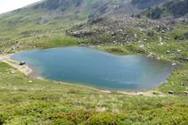 Vistas sobre el lago de las Abelletes.