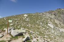 Puerto de Fontnegra y cresta a los picos de Envalira.