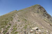 A los pies del pico Negre de Envalira.