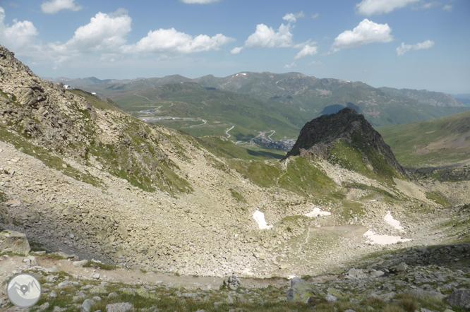 Lago de las Abelletes y picos de Envalira (2.823m y 2.818m) 1