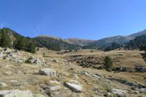 Cabecera del valle de Perafita desde el refugio de Perafita.