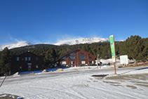 Base de la estación de esquí de fondo de Lles de Cerdaña.
