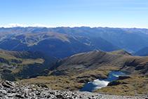 El Estany Gran de la Vall del Riu (Parroquia de Canillo).