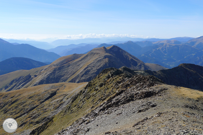 Lago y pico del Estanyó (2.915m) 1