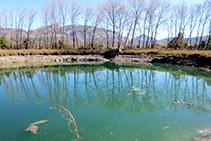 Lago Gran de Basturs.