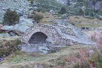 Puente de la fuente del Travenc.