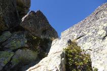 El diedro justo antes de llegar a la cima del pico de Escobes.