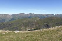 Vistas hacia el N de Andorra desde el collado de Entinyola.