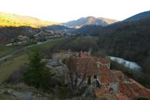 Vistas del valle y de Llanars desde el punto más elevado de la Roca.