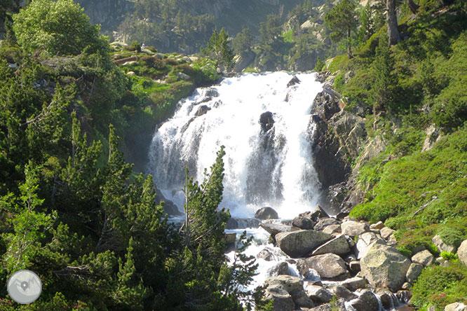 Forau y cascada de Aigualluts 1