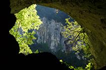 Grotte des Lacs.